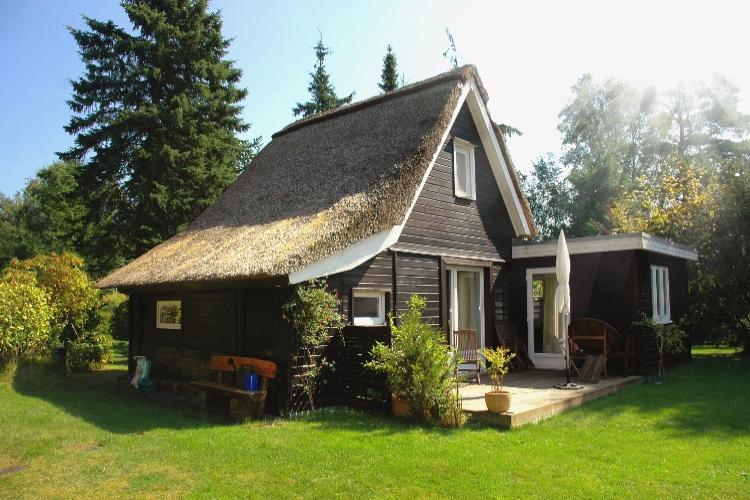 688 Ferienhaus unter Reet am Ostseestrand von Heidkate !
