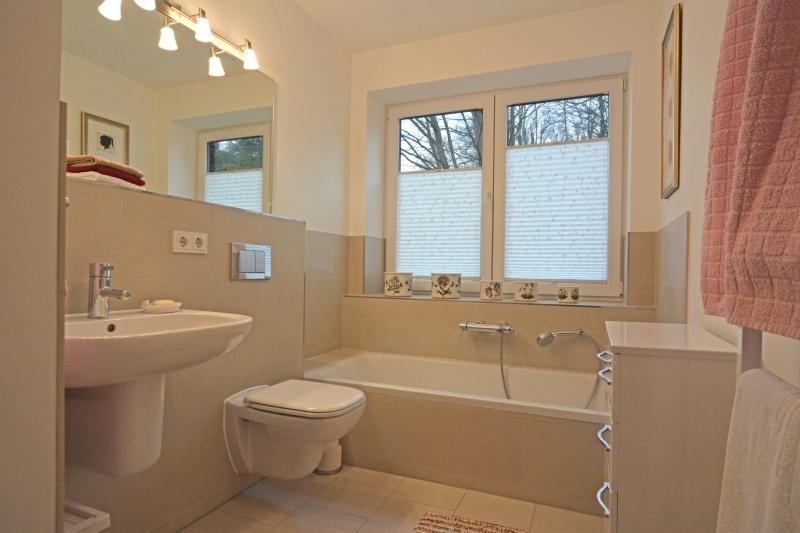 wohnen f r anspruchsvolle in 24105 kiel d sternbrook. Black Bedroom Furniture Sets. Home Design Ideas