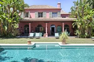 V1673-323-Klassische Villa in Hacienda Las Chapas
