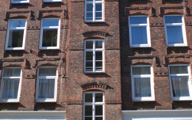 887 - Schöne und gemütliche 2-Zimmer Altbauwohnung nähe Uni