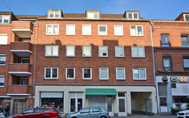 939 - Renovierte 2 Zimmer Wohnung nahe dem Kieler-Hbf.