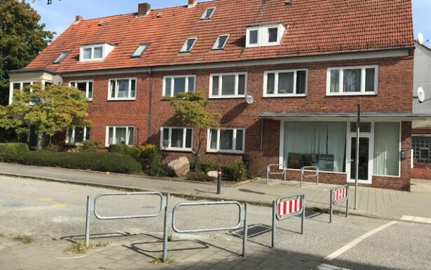 962 - Zwei Mehrfamilienhäuser unter einem Dach in Kiel-Gaarden