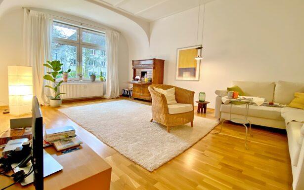 993 - Wohnen für Anspruchsvolle in 24105 Kiel-Düsternbrook- Bezugsfrei !